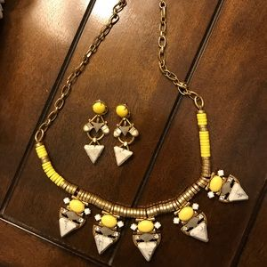 Stella &Dot necklace and earrings set